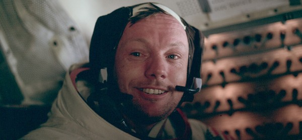 neil armstrong was left handed - photo #36